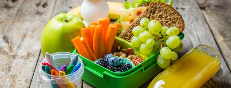 healthy nutritious lunchbox for child