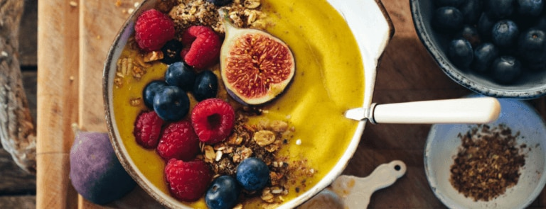 a picture of a healthy smoothie bowl